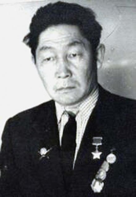 Хантаев Василий Харинаевич