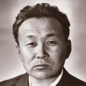 ЦЫДЕНЖАП ЖИМБИЕВ (1928-2006)