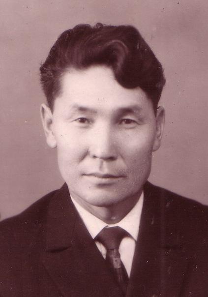 ГЕННАДИЙ ДАГУРОВ (1909-1999)